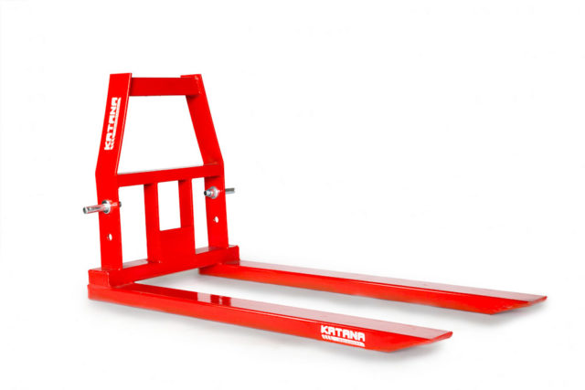 Pallet forks for compact tractor