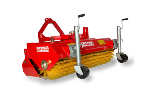 Hydraulic tractor sweeper